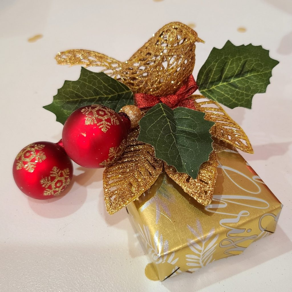 wrapping gifts  with ornaments