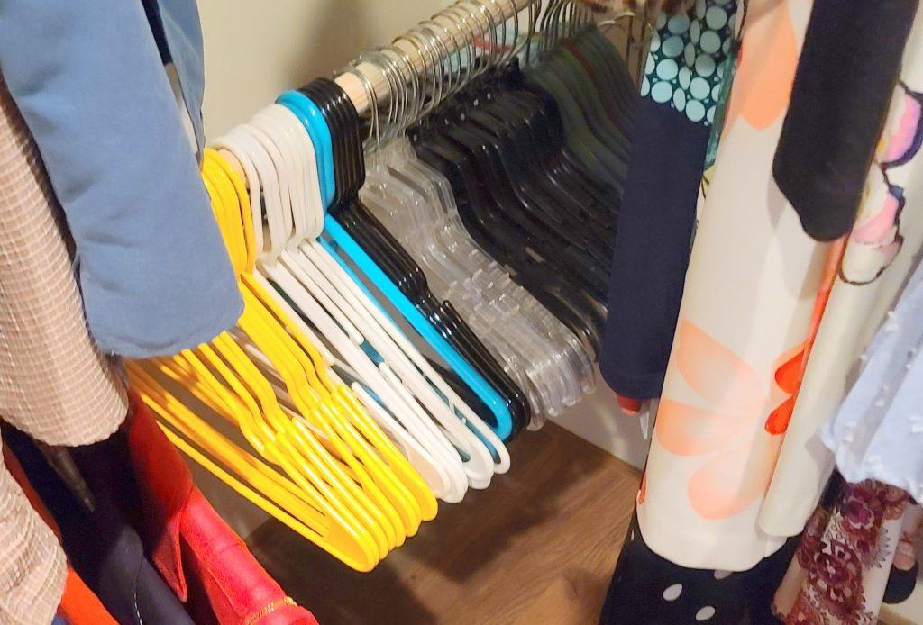 empty hangers in closet